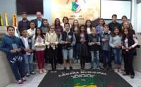 Câmara faz homenagem a estudantes destaques no ano de 2018 em Sessão Solene